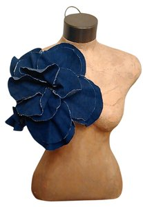 Tracey Vest Frayed Denim Oversized Flower Magnet Pin
