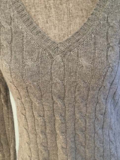 Lord & Taylor Cashmere V-neck Size Small Cashmere Tops Sweater Image 3