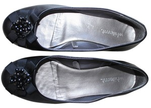 White Mountain Bows Black Flats