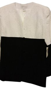 Casual Corner Top Black & white