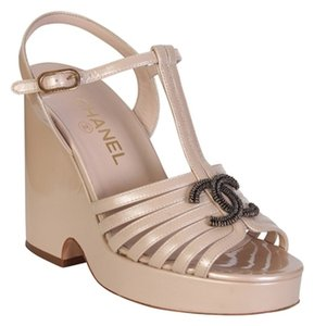 Chanel Beige - champagne Wedges