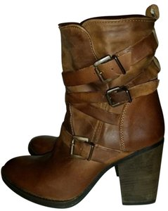 Steve Madden Distressed Leather Bootie cognac Boots