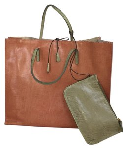 Suarez Tote in Apricot And Sage
