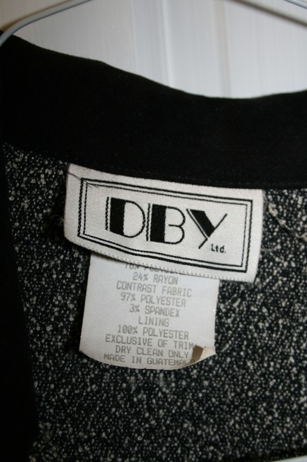 DBY Ltd. Black & White Skirt with Blazer Size 7 Junior - collar trimmed in black - Gently worn
