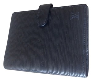 Louis Vuitton Louis Vuitton Black EPI Small Ring Agenda Cover