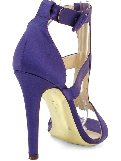 Moschino Satin T-strap Purple Sandals Image 2