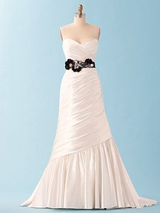 Alfred Angelo 223 Ariel Wedding Dress