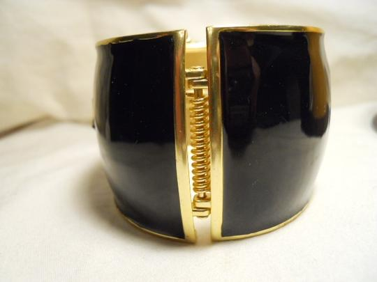 unknown Enamel clap bracelet