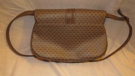 Liz Claiborne Adjustable Strap Shoulder Bag