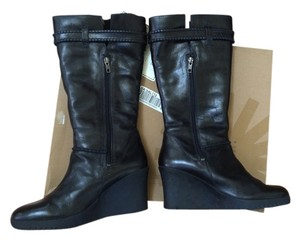 UGG Australia Wedge Leather Black Boots