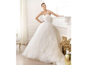 Pronovias 1 Wedding Dress