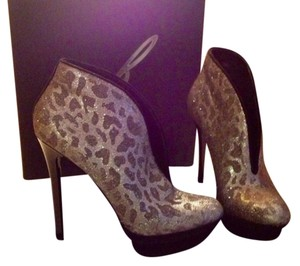 Brian atwood Luxury Stunning Blk/silver Boots