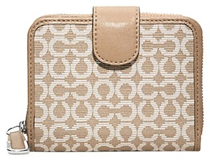 Coach COACH F49602 MADISON MEDIUM ZIP WALLET IN NEEDLEPOINT OP ART FABRIC NEW WITH TAG