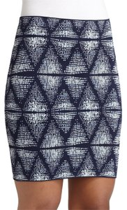 BCBGMAXAZRIA Bcbg Night Out Bodycon Date Night Mini Skirt Blue Print