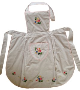 Other Apron with flower applique