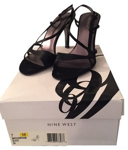 Nine West Dressy Satin Shoe Black Formal