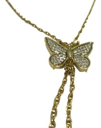 Preload https://img-static.tradesy.com/item/8826910/avon-goldsilver-vintage-avon-butterfly-necklace-0-7-540-540.jpg