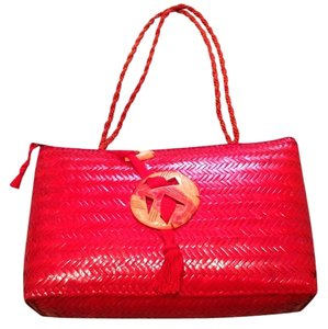 Dnielii Tote in Red