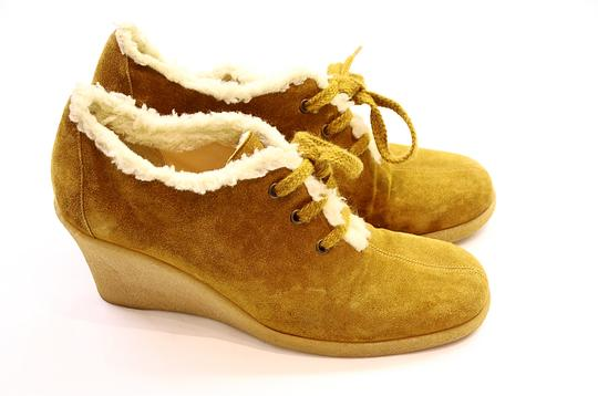Michael Kors camel Boots Image 4