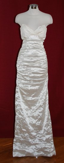Nicole Miller Bridal Antique White Sweetheart Organza Techno Gown 14 Ea0040 Formal Wedding Dress Size 10 (M) Image 1