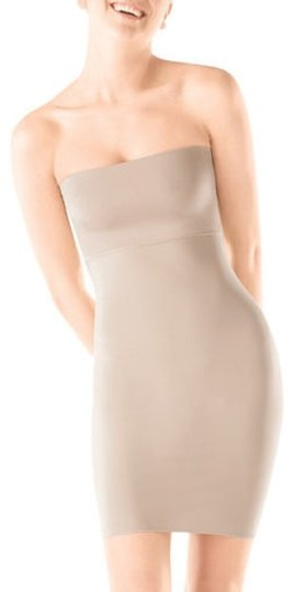 NEW Spanx Full Slip Hide And Sleek Nude Small