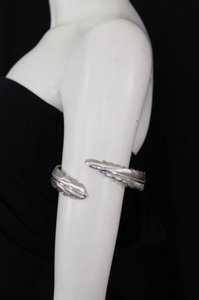 Other Women Silver Metal Cuff High Arm Bracelet Fashion Jewelry Wrap Around Long Leaf