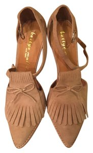 Betty Muller Pointy Toe Sand suede Pumps
