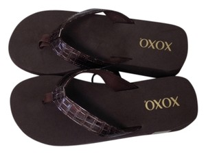 XOXO Brown Sandals