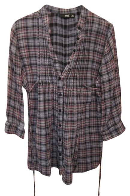 Item - Multicolor Plaid Long Tunic Button Front 3/4 Sleeve Pleated Black Grey Pink White Belted Medium Blouse Size 8 (M)