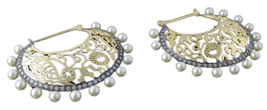 Other Golden Filigree with Pearls outline