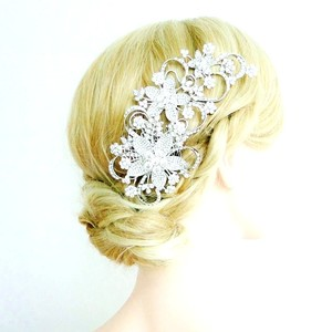 Clear Rhinestone Large Flowered Comb Hair Accessory