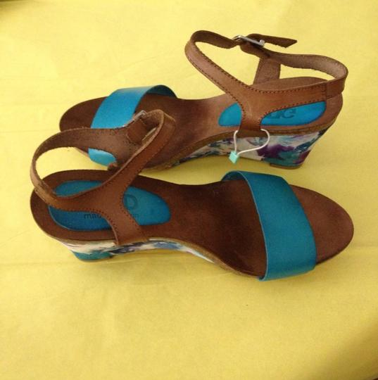 GMD Blue Wedges