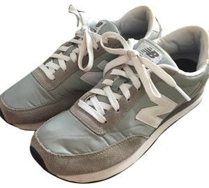 New Balance Grey Athletic