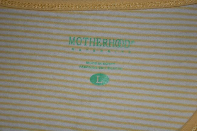 Motherhood Maternity Motherhood Maternity Large yellow and white strip V-Neck tee shirt T-Shirt.