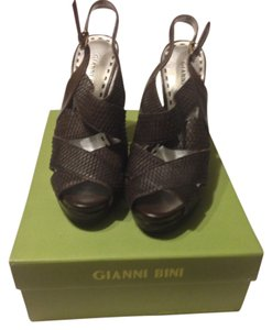 Gianni Bini Hershey Brown Pumps