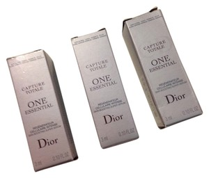 Christian Dior 3 X Dior capture totale one essential intense skin boosting super serum new in box