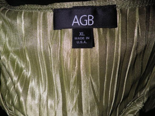 AGB Top Green