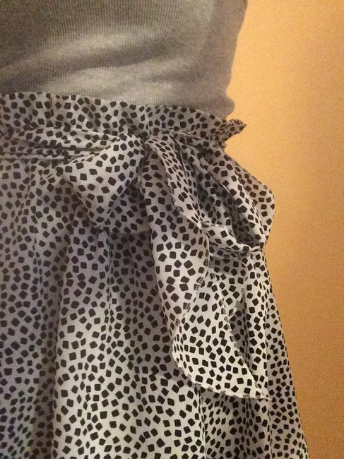 United Colors of Benetton Summer Italy Skirt White and Navy