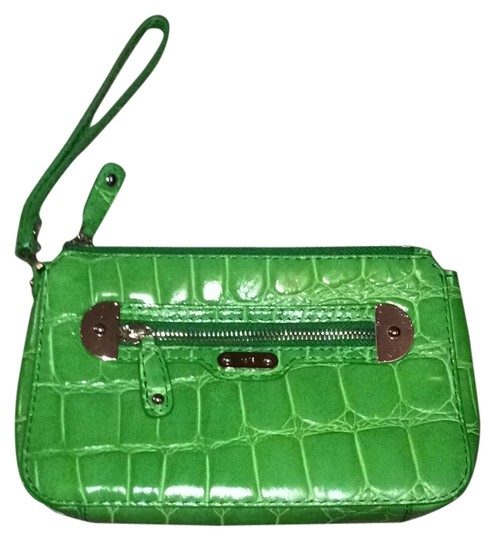 Preload https://img-static.tradesy.com/item/8884174/rafe-green-wristlet-0-2-540-540.jpg