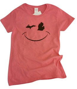 Michigan Smiley Face Emoji Wink T Shirt Pink