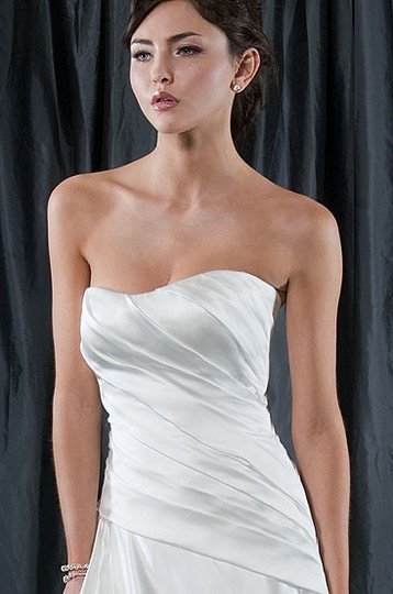 Alfred Sung Ivory Satin 6825 Formal Dress Size 6 (S)