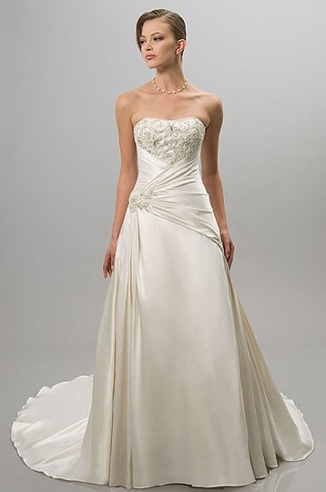 Alfred Sung Ivory Satin 6802 Traditional Wedding Dress Size 14 (L)
