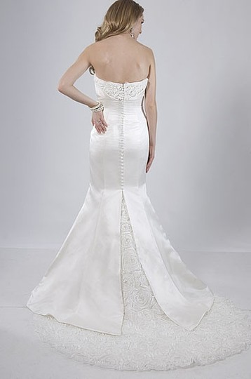 Alfred Sung Ivory Satin 6852 Modern Wedding Dress Size 4 (S)