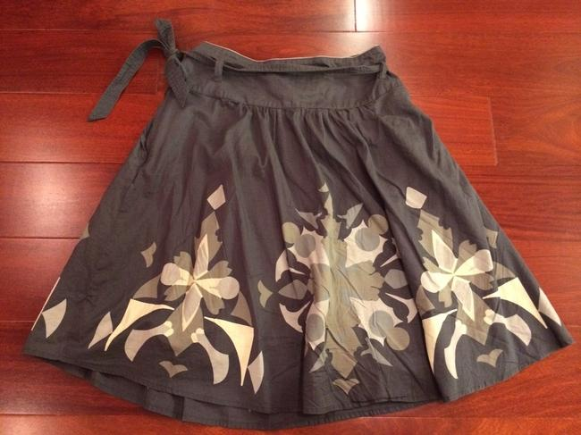 Esprit Knee Length Flowy Xs Size 2 Cute Knee Length Summer Skirt Gray