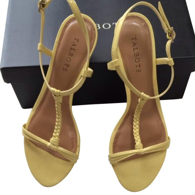 Item - Sunshine Yellow Zest Sandals Size US 8.5 Regular (M, B)