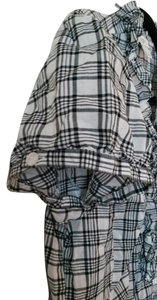 Ann Taylor LOFT Poof Cap Sleeve Buttons Top Black and white plaid