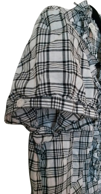 Ann Taylor LOFT Poof Cap Sleeve Buttons Summer Top Black and white plaid