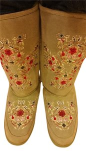 Nordstrom Suede Oscar Green light Embroidered Boots