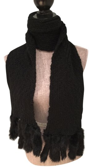 Preload https://img-static.tradesy.com/item/8917819/black-knit-rabbit-fur-fringe-scarfwrap-0-1-540-540.jpg