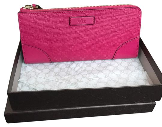 Preload https://img-static.tradesy.com/item/8918596/gucci-pink-diamante-bright-leather-designer-continental-flap-wallet-0-1-540-540.jpg